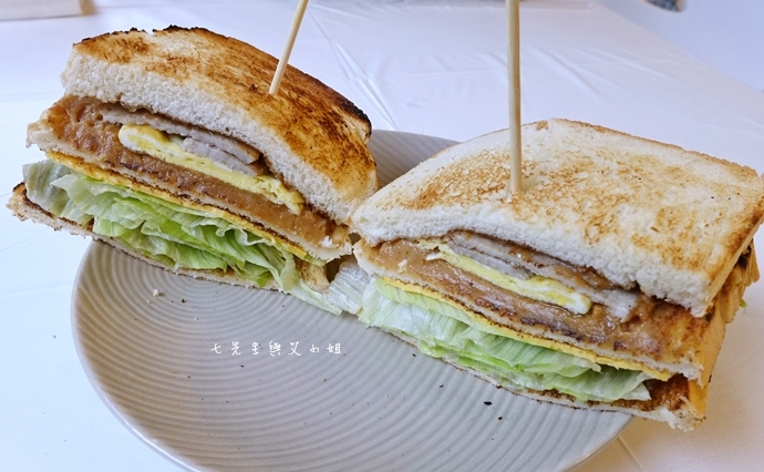 8 板橋萬粟華碳燒三明治