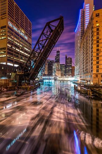 morning bridge blue sun chicago cold tower ice water sunrise river dawn frozen illinois nikon long exposure sears hour times nikkor willis kinzie d610 1635mm