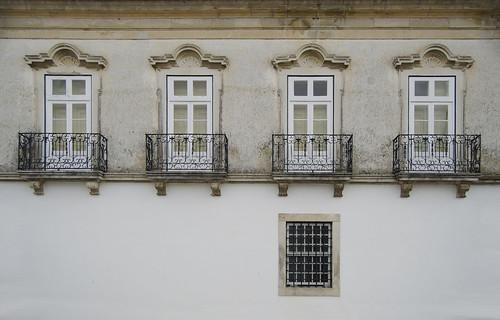 portugal window architecture facade ventana arquitectura nikon arte finestra fachada coimbra palau balcón historia palácio pombal barroco patrimonio façana condeixaanova pombalino d5100 paláciodoslemos josémaríasancho