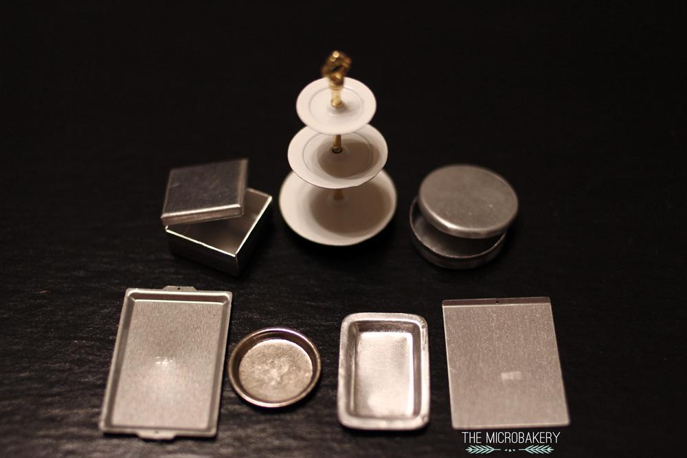 Plates-1-(W)