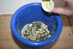 27 - Knoblauch addieren / Add garlic