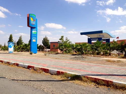 highway gasstation morocco