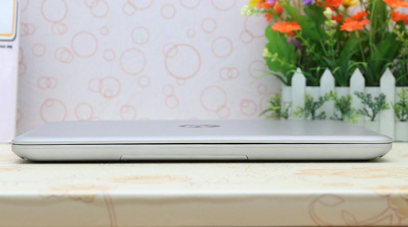 So sánh laptop Asus TP550LD và HP Pavilion 14 - 56621