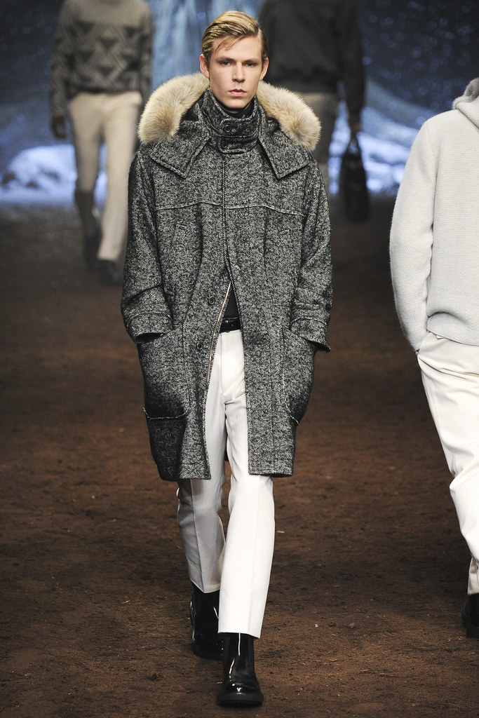 FW15 Milan Corneliani039_Simon Fitskie(VOGUE)