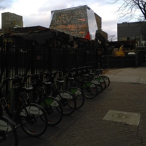 Bikes in front of former World's Biggest Bookstore