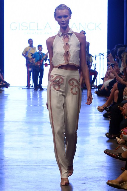 Gisela Franck - Dragão Fashion Brasil