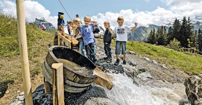 Švýcarský dětský den 2016.