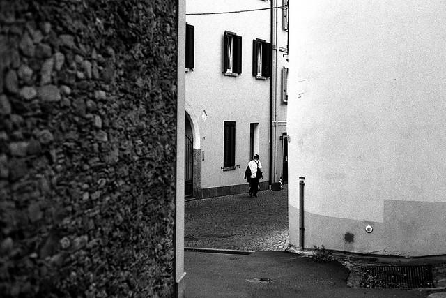 Knocking-Off Time (Leica M6)