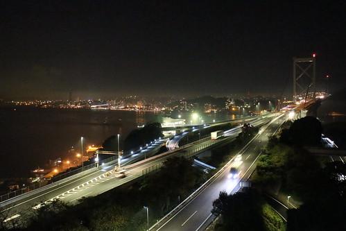 めかり公園から見た関門橋