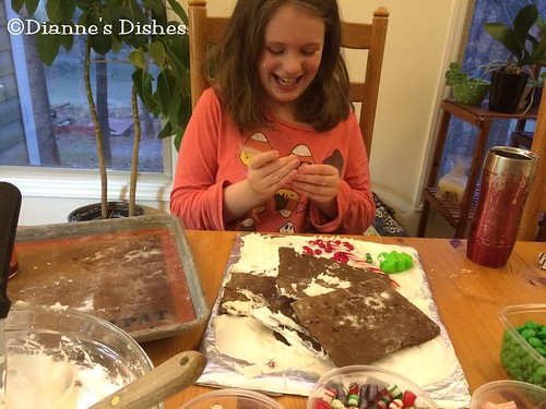 Gingerbread House: Decorating Her Disaster