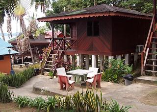 """<img src=""""accommodation-salang-tioman-malaysia.jpg"""" alt=""""Accommodation in Salang, Tioman, Malaysia"""" />Salang Indah 2"""