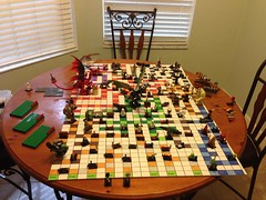 Lego Dungons and Dragons vs Heroica
