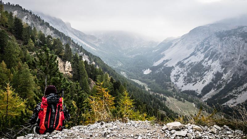 Vista sulla Valle Stretta dal sentiero per la Guglia Rossa