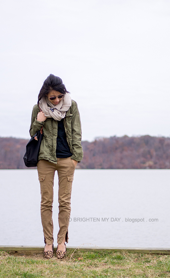 chunky knit scarf, green military jacket, black tee, cargo pants, leopard flats
