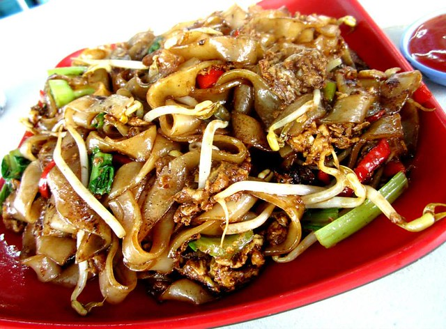 Yummy Kafe fried kway teow with cockles