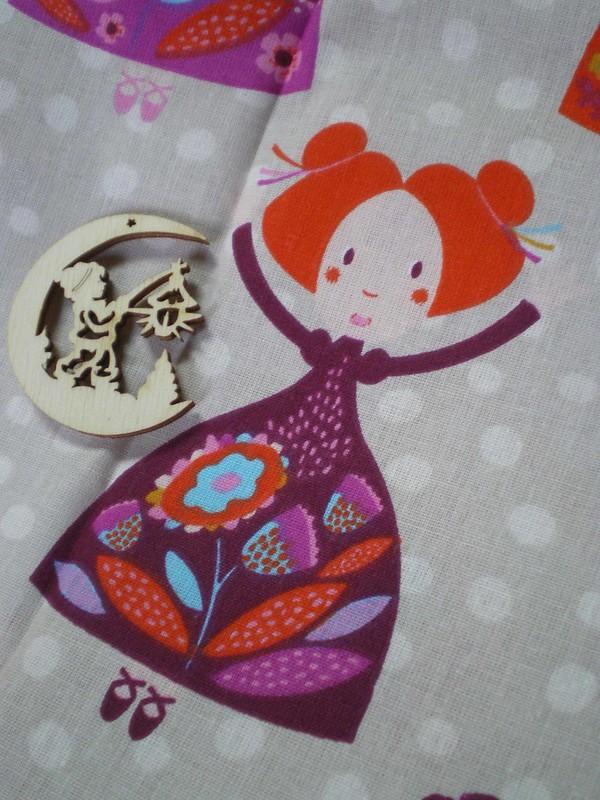 Découpages bois et petites princesses