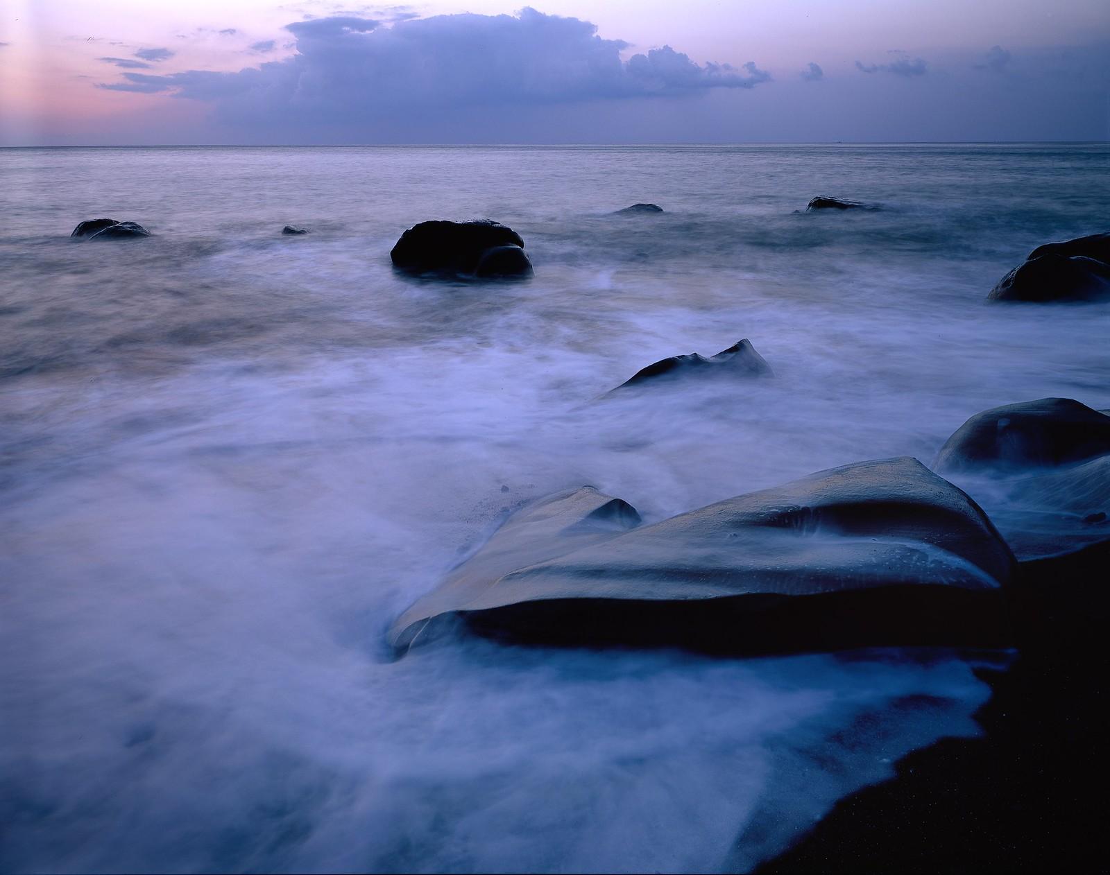 迷幻海石 (銀鹽大中幅)