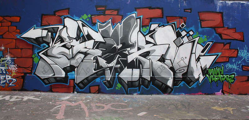 Yako (VMS-65ERS-MANY VECTORZ) Paris