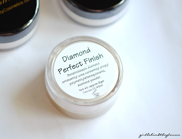 Purely Cosmetics Diamond Perfect Finish2