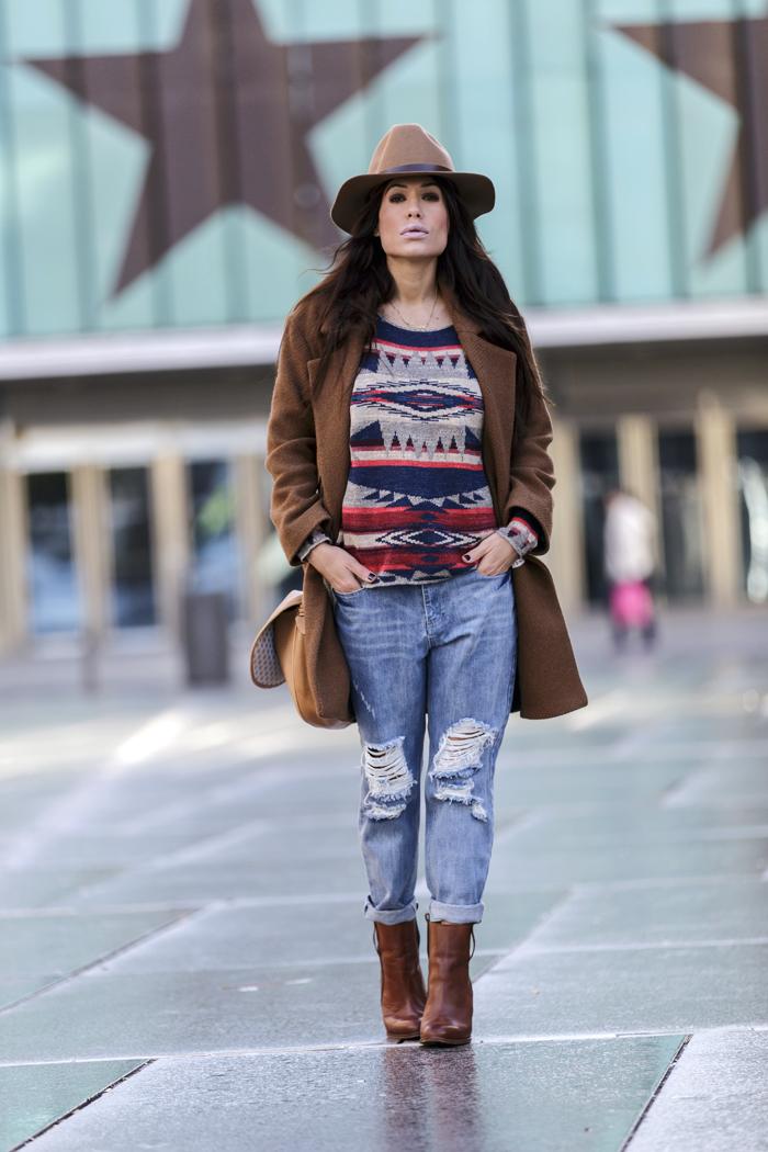 street style barbara crespo knit and boyfriend jeans the corner shop hake fashion blogger outfit blog de moda