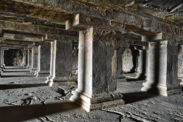 India - Maharashtra - Ellora Caves - Cave 15 - 31