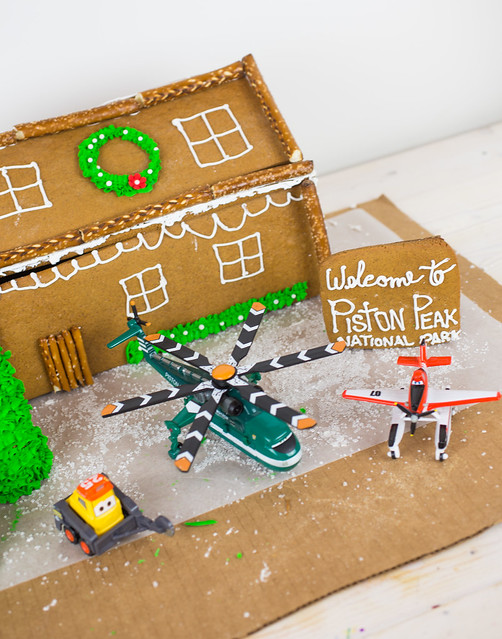 Planes Fire and Rescue Gingerbread House-5