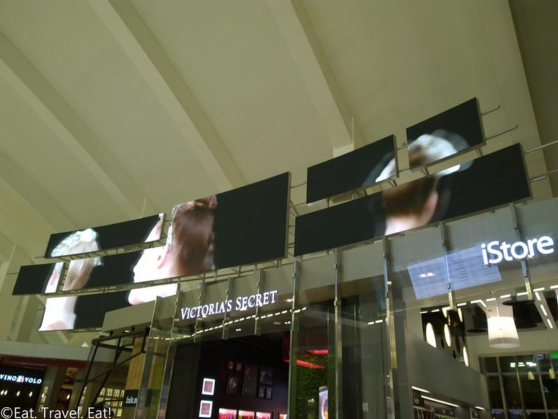 Los Angeles International Airport (LAX)- Los Angeles, CA: Tom Bradley International Terminal (TBIT)