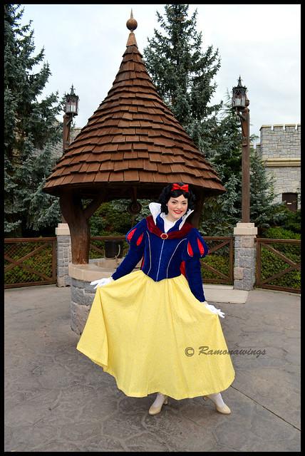 Vos photos avec les Personnages Disney - Page 3 15595811207_2f6bb253f1_z