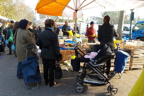 Al mercato di Tabacchi con la carrozzina