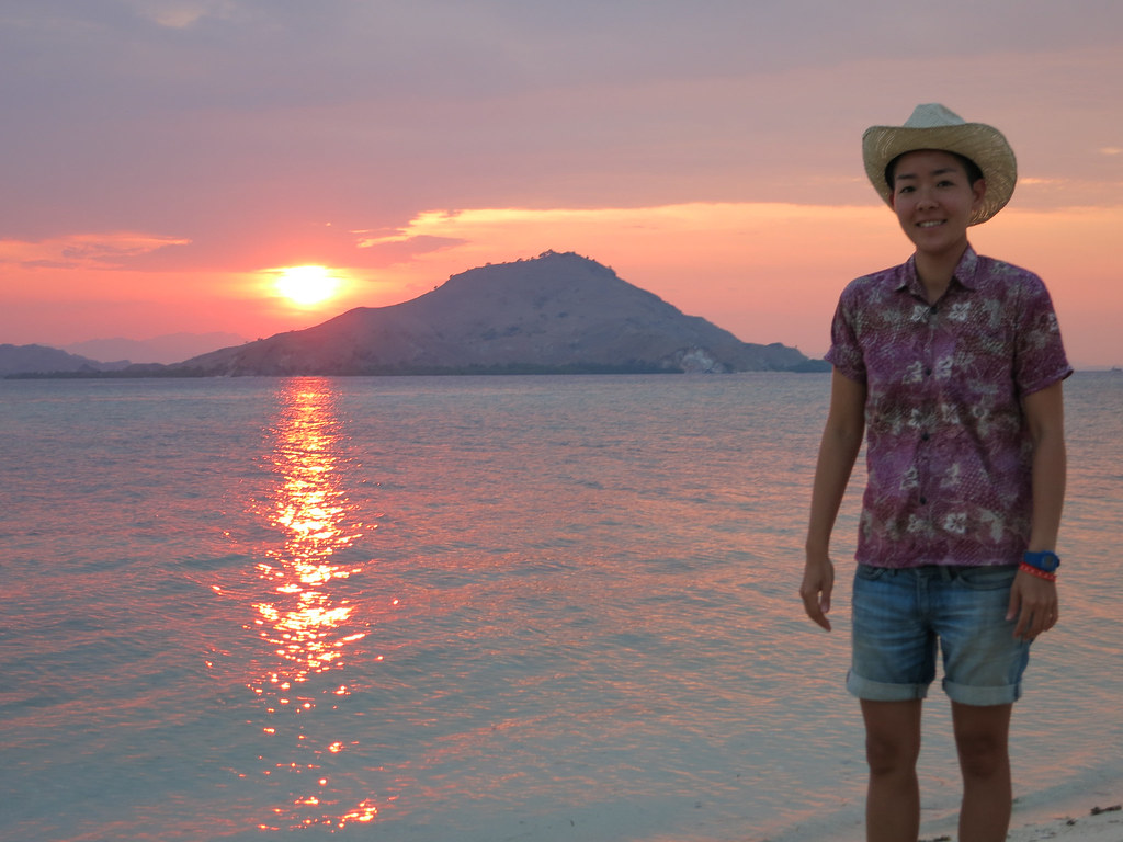 how to get to kanawa island