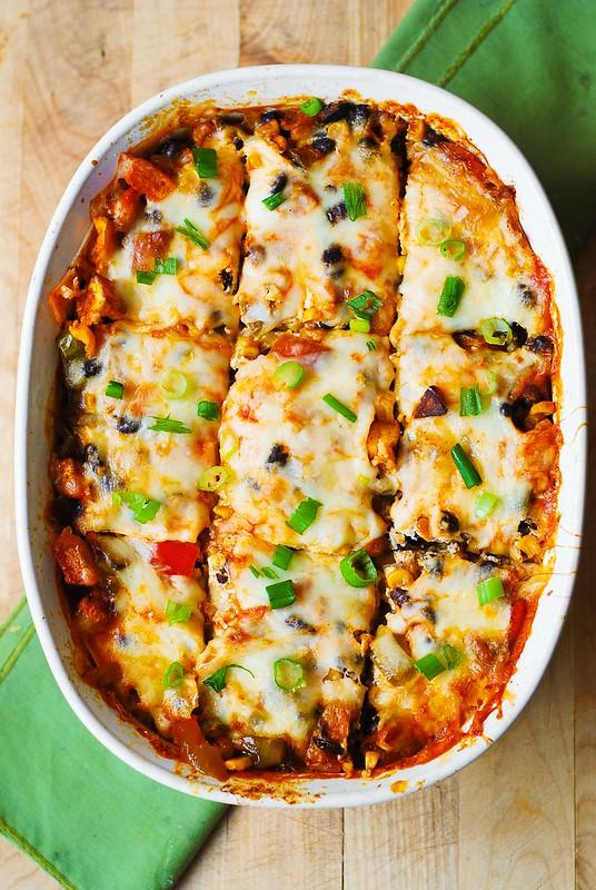gluten free enchilada cassserole, corn tortillas enchilada casserole, enchilada bake