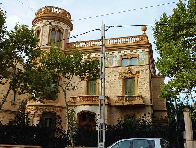 Barcelona sant gervasi avingunda del tibidado flickr - Tanatori sant gervasi barcelona ...