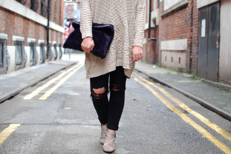 Winter style oversized knit and jeans