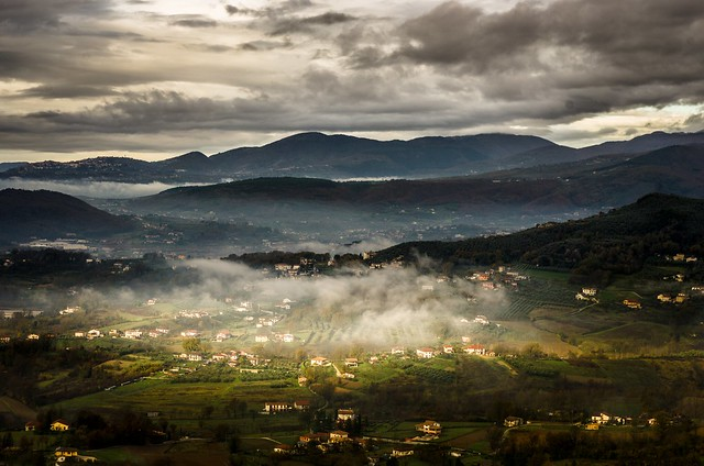 Valle nebbiosa / Foggy Valley