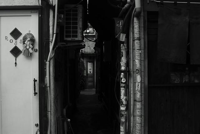 新宿劣化 - Golden-Gai alley, Shinjuku Tokyo, 04 Jan 2015. 020