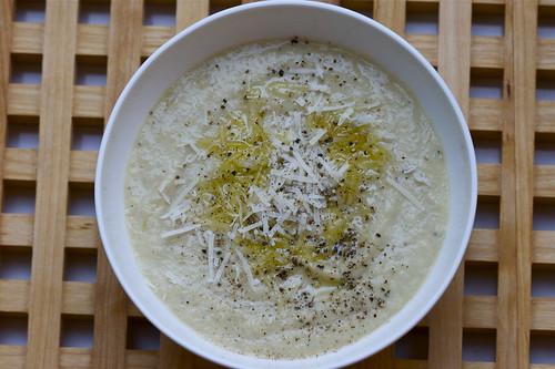 parsnip & Jerusalem artichoke soup - Pastinaken & Topinambursuppe