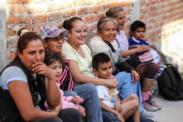 Visitamos las colonias Lomas del Centinela y Villas de Guadalupe donde Pablo Lemus y yo escuchamos a nuestros simpatizantes.