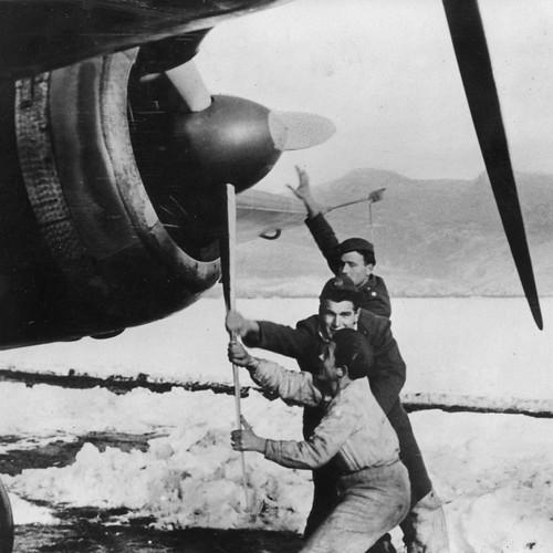 Savoia-Marchetti SM 79 Sparviero in Albania 1941