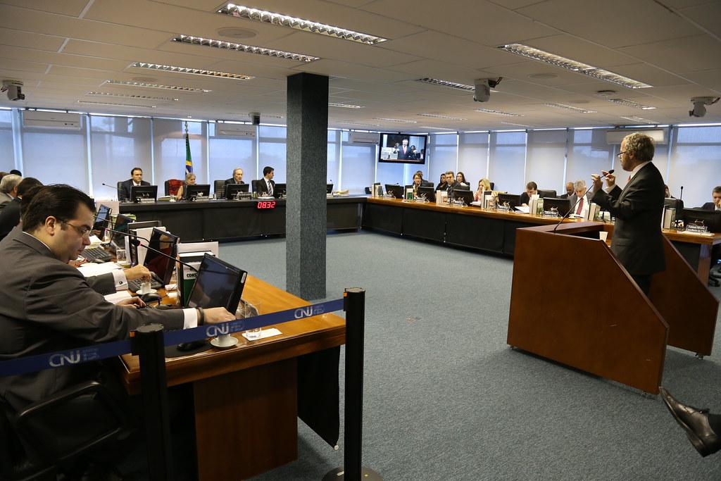 Em sua última sessão do ano, plenário do CNJ julga 11 processos