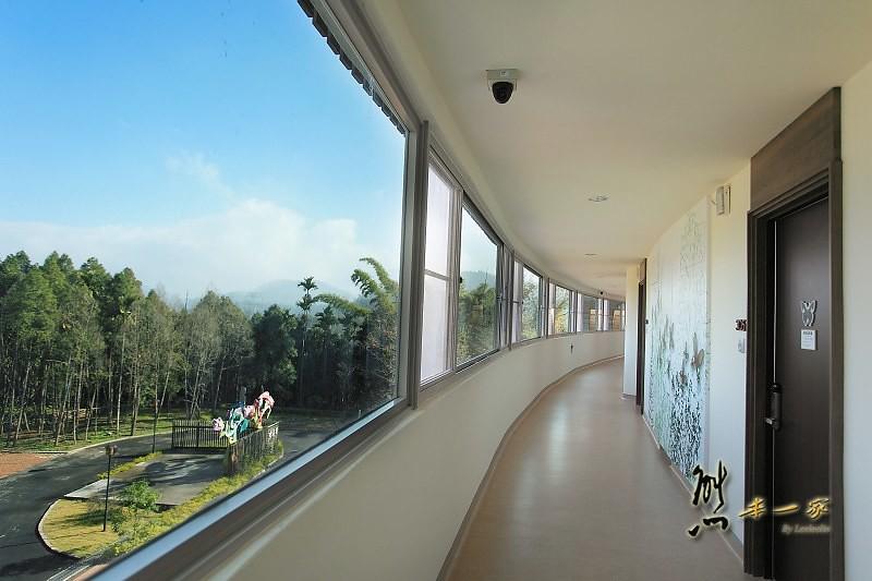 日月潭民宿|竹石園生態研習中心|面湖景觀家庭房