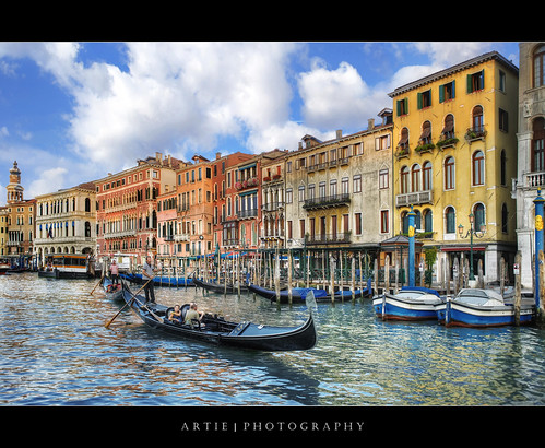 Gondoliers Steering Their Gondolas Through The Grand Canal, Venice, Italy :: HDR