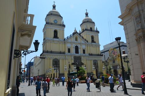 Ansicht von der Kirche San Pedro in Lima