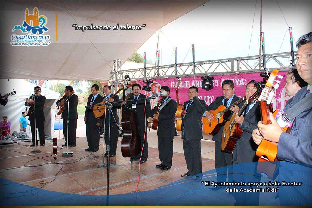 El Ayuntamiento apoya a sofia Escobar de la Academoa Kids