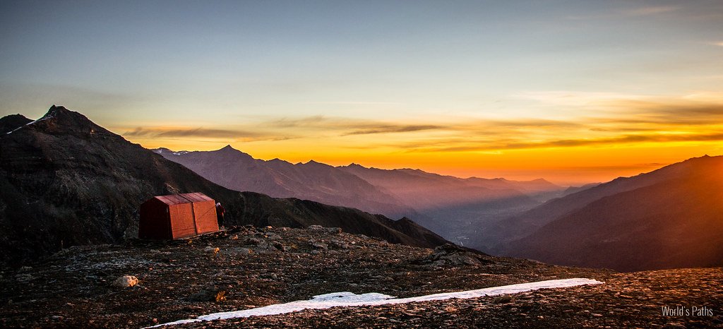 Sunrise at Sigot's hut