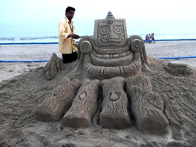 #KonarkFestival2014 Ranjan Kumar Ganguly created Sand Art Theme NABAKALEBAR 2015 At Chandrabhaga Konark