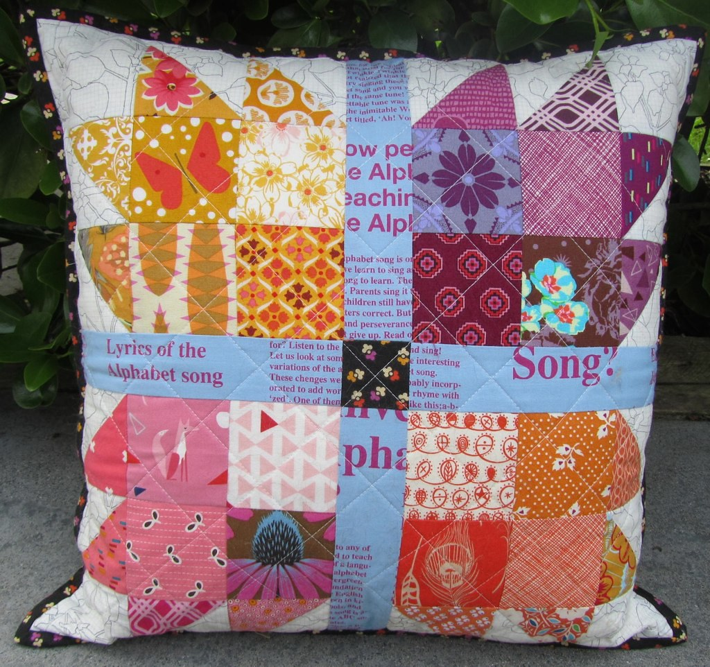 Pillow from Emilee Masson in the Great Pillow Fight Swap