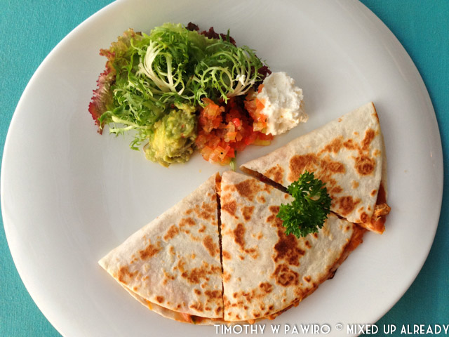 Indonesia - Bali - Nusa Lembongan Island - Lembongan Beach Club & Resort - Mola-mola Kitchen & Bar - Quesadillas
