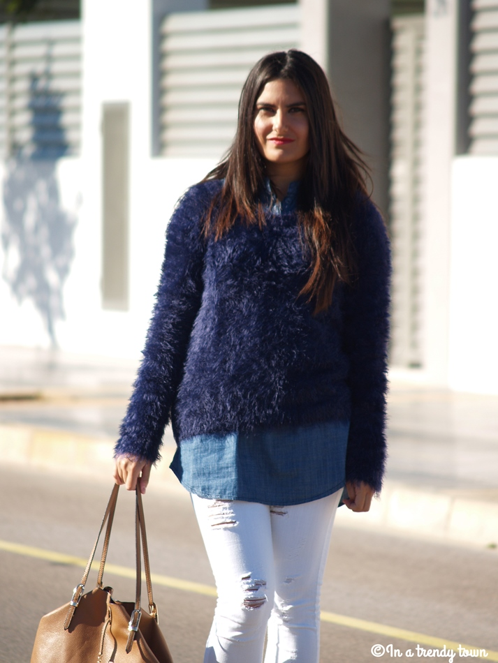 OUTFIT NAVY IN AUTUMN