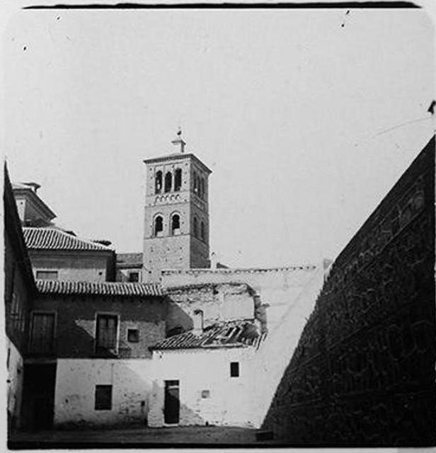 Torre de San Román hacia 1900. Fotografía de Augusto T. Arcimis © Fototeca del IPCE, MECD. Signatura ARC-0698_P