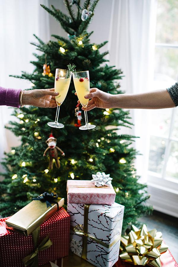 eatsleepwear, ecco-domani, prosecco, gift-wrap, holiday, 13